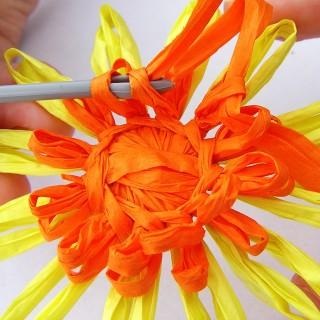 kytička se skleněným středem